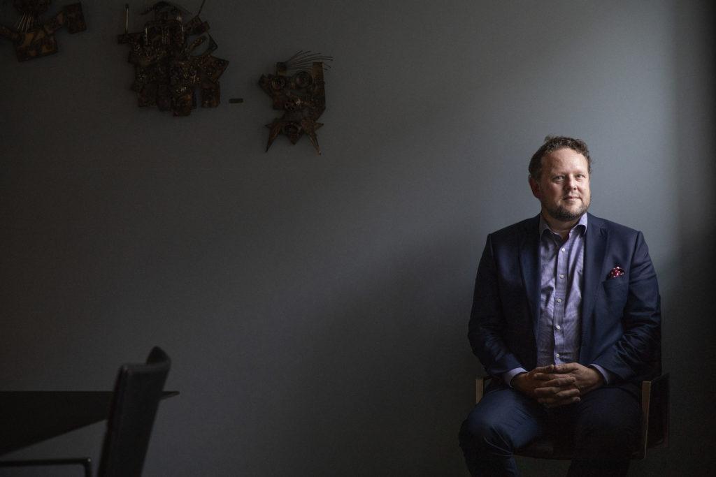 Bilde av STAMIs direktør Pål Molander, fotografert i STAMIs lokaler.